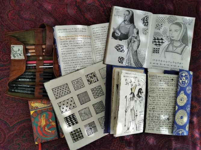 carnet artistique et autres outils d'artiste